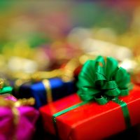 Holiday-gifts-1024x681